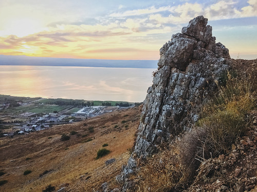 iphone sunrise desert mountarbel iphone6s arbel landscape israel lake seaofgalilee iphoneography mountain