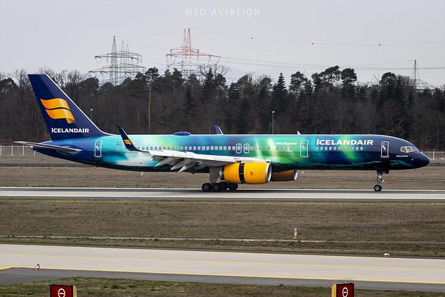 Boeing 757-256 TF-FIU Icelandair