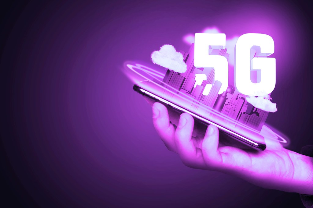 Government approval to 5G Huawei.