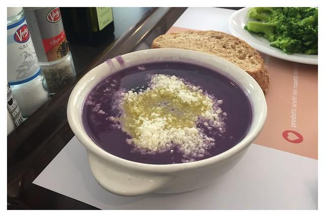 Zuppa di cavolo nero - Black cabbage soup