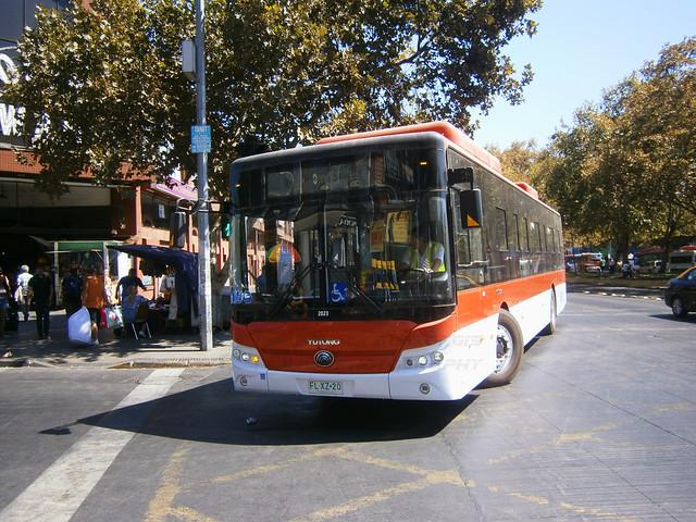 RED Santiago: Yutong E12LF (FLXZ20).