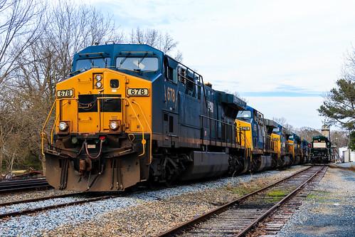 aberdeencarolinaandwestern acw acwr railroad norfolksouthern ns railway star northcarolina prlx csxt csx transportation ge ac6000 678 626 664 604