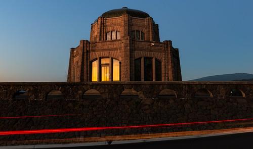 columbiarivergorge vistahouse columbiariver oregon sunset lighttrails architecture restarea summer roadtrip westcoast