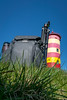 Rucksack leht an Leuchtturm by photobeyDE