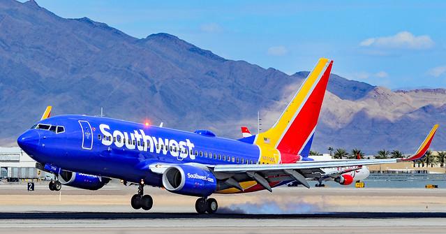 N7708E Southwest Airlines Boeing 737-76N s/n 32652