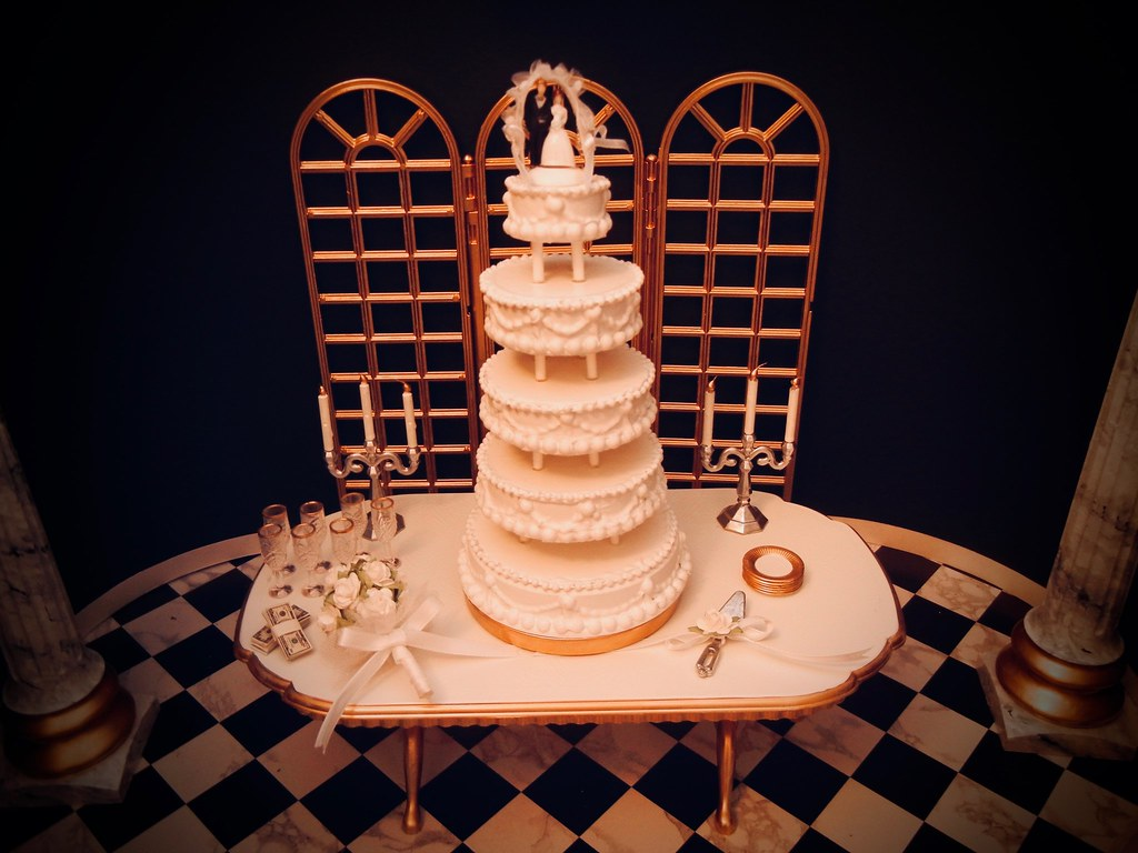 The Marvelous Mrs Maisel Wedding Cake The Cash On The Co