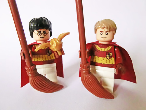 Harry & Oliver Wood (Quidditch team outfits) | by Ptéra
