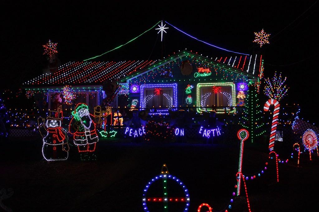Colorful Christmas Lights On House.Christmas House North Rustico Pei Colorful Christmas Lig