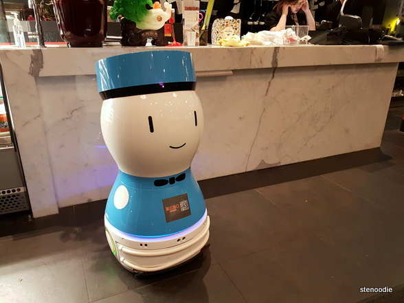 Robo Sushi robot servers