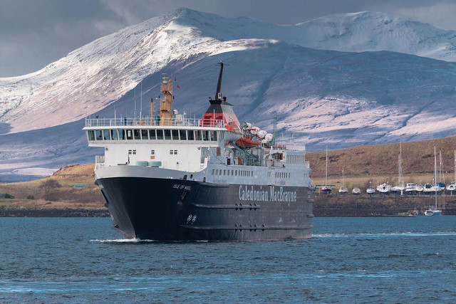 Ferry from Mull arrives (Extreme edition)