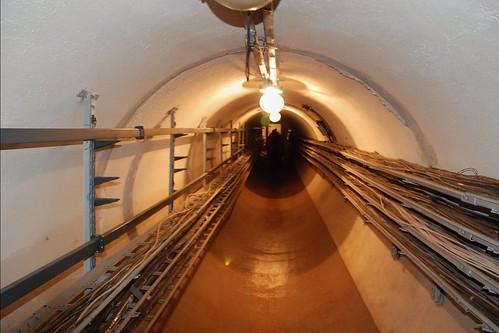 Un des tunnel du radiotelescope solaire de Badary, vallée de la Tounka © Bernard Grua | by Photos de voyages, d'expéditions et de reportages