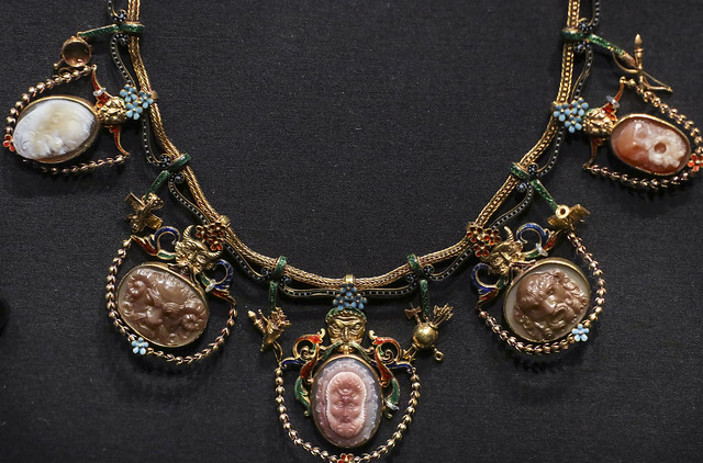 Etruscan revival style necklace, 19th century