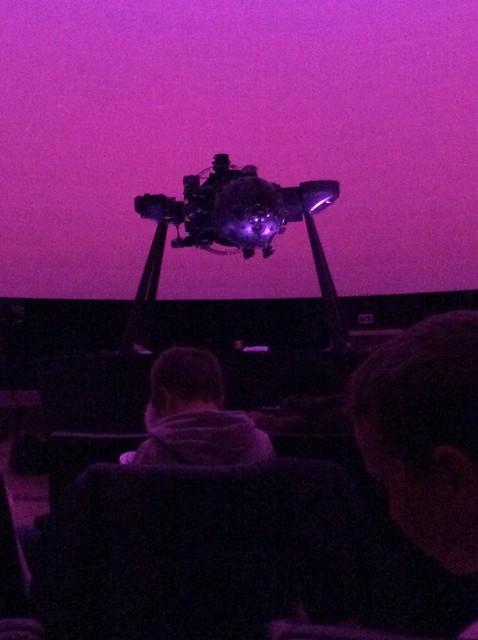 Vijfde leerjaar: Op verkenning in het planetarium