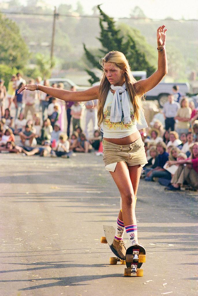 Шарики и ролики rediscovered-photos-of-the-70s-hollywood-skate-scene-body-image-1439398990