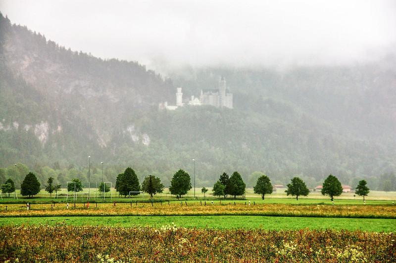 St. Coloman Church 望迷霧中的新天鵝堡