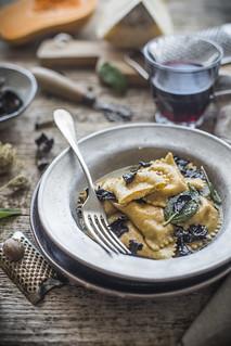 Ravioli alla zucca e pecorino | by ileana_pavone