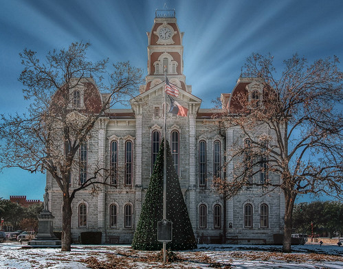 light county building texashistory landmarks historic winter parkercounty texas texasweather weather weatherford small town snow snowdays sunshine landscape city cityscape nikon happy christmastree tree christmas courthouse architecture sunlight sunflare themrandthemrs bennetandkristi
