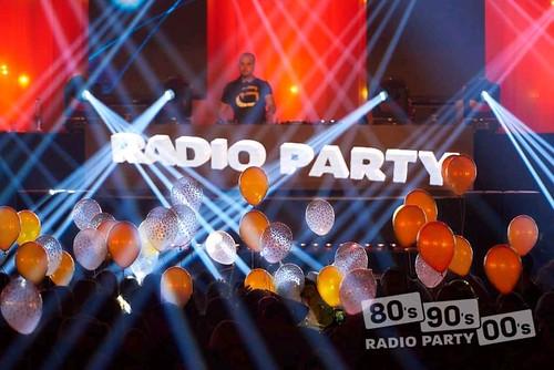 radio party 80x 90x 00x | by BallondecoNL