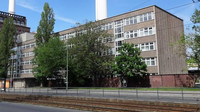 1986 Berlin-O. Verwaltungsgebäude Kraftwerk Klingenberg von Egon Mahnkopf/Günther Ulbricht/Lothar Arzt Köpenicker Chaussee 42-45 in 10317 Rummelsburg