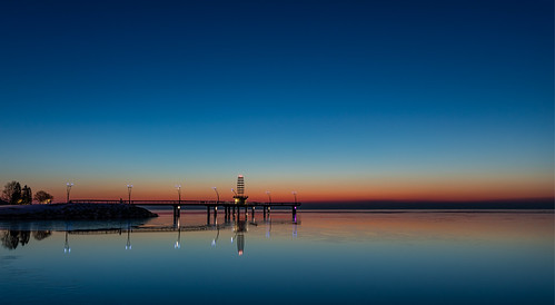 2019 brantstreetpierburlington burlington canon5dmarkiv sunrise imga1533e reflection lakeontario