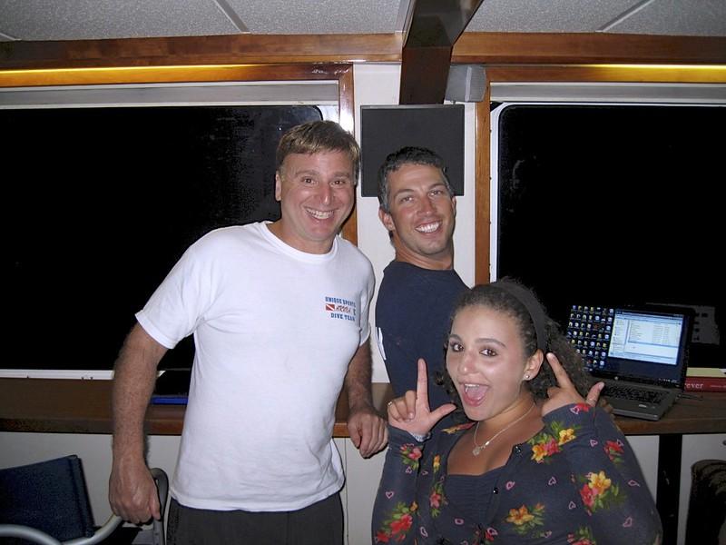 Roger with his Aruba Unique Dive Shop shirt, Taylor, Captain Gordon Aug 2011  - Version 2