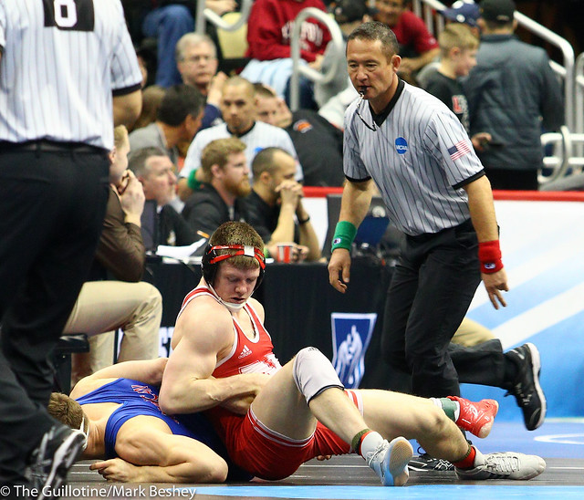 Champ. Round 1 - Taylor Venz (Nebraska) 22-7 won by decision over Tanner Harvey (American) 28-12 (Dec 7-4) - 190321amk0139