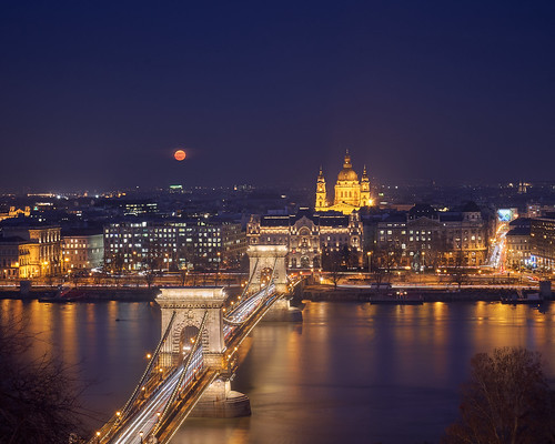 Supermoon in Budapest | by tamasdragon