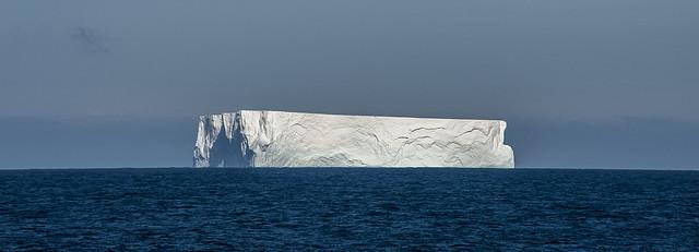 ... iceberg (01) ...
