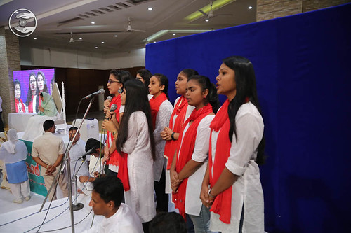 Welcome song by Bal Sangat Kochi