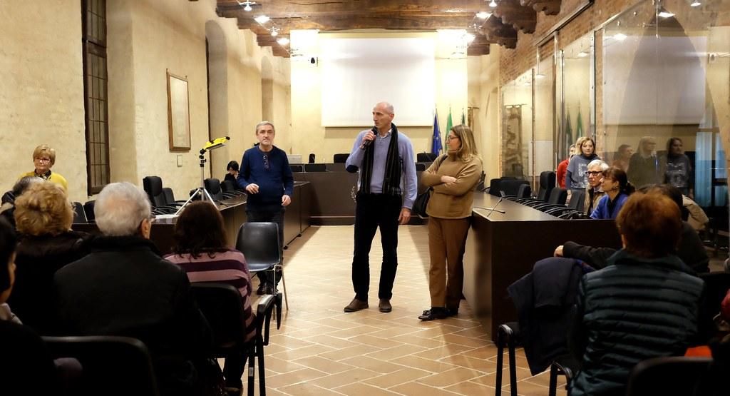 FESTA IN BIBLIOTECA - UN LIBRO SOTTO L'ALBERO -  22 DICEMBR 2018  Foto A. Artusa