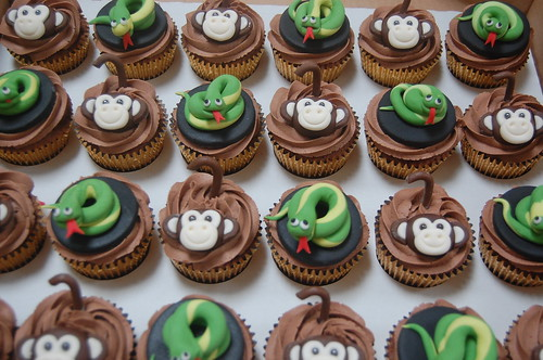 Fantastic Snake And Monkey Cupcakes Beautiful Birthday Cakes Funny Birthday Cards Online Aboleapandamsfinfo
