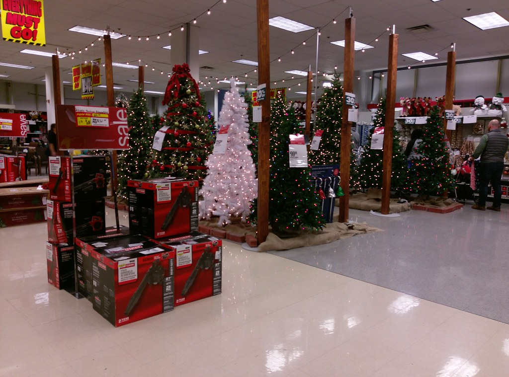 Sears Christmas Photos.Blowing Off Christmas As Only Sears Can Do Christmas Tr