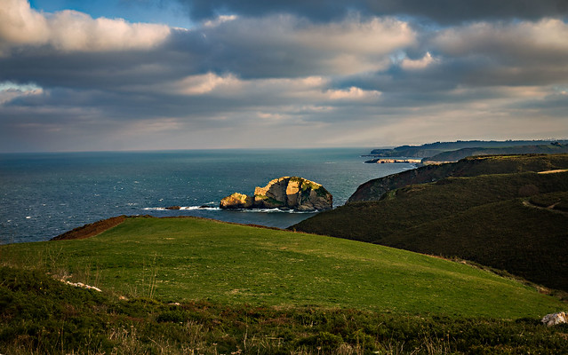 Cielo,mar y tierra..Cabo Peñas.