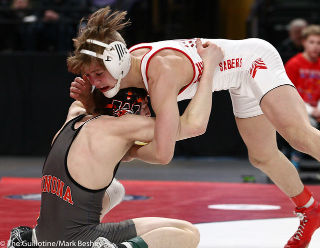 113AAA 1st Place Match - Paxton Creese (Shakopee) 53-1 won by decision over Ryan Henningson (Winona-Winona Cotter) 45-2 (Dec 6-5) - 190302bmk0070