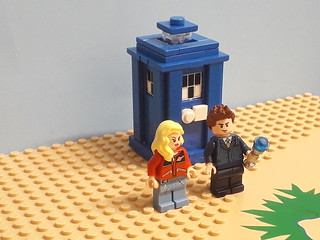 10th Dr Who & Rose Tyler in Lego