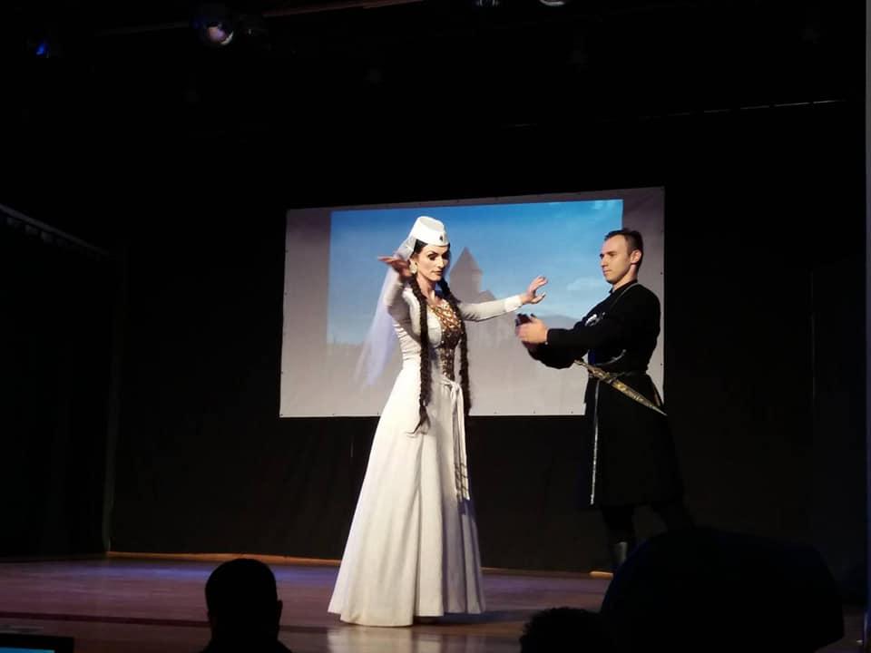 """Πολυπολιτισμική Χορευτική Παράσταση """"THE ANGELS"""" – Δήμος Αγίου Αθανασίου (10.11.2018)"""