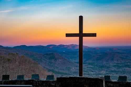 chapel southcarolina sc mountains mountain cross sunset light winter