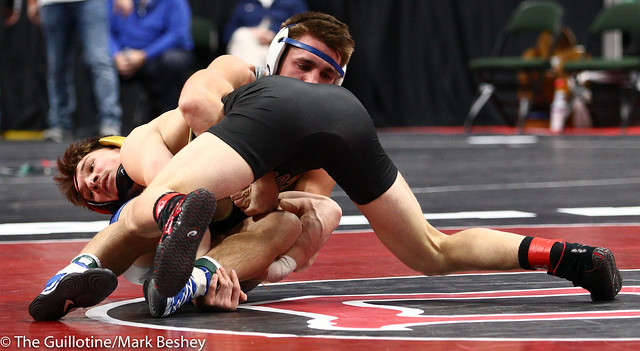 152 - Semifinal - Willie Bastyr (Lakeville South) 40-3 won by decision over Braden Kramer (Brainerd) 38-10 (Dec 7-5) - 190302amk0109