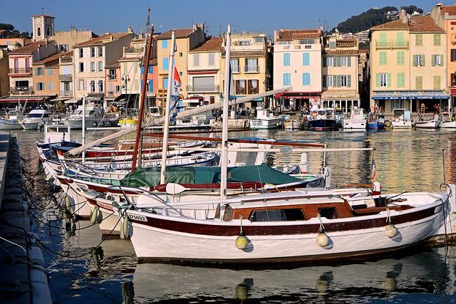 Cassis Harbour / Saiboats