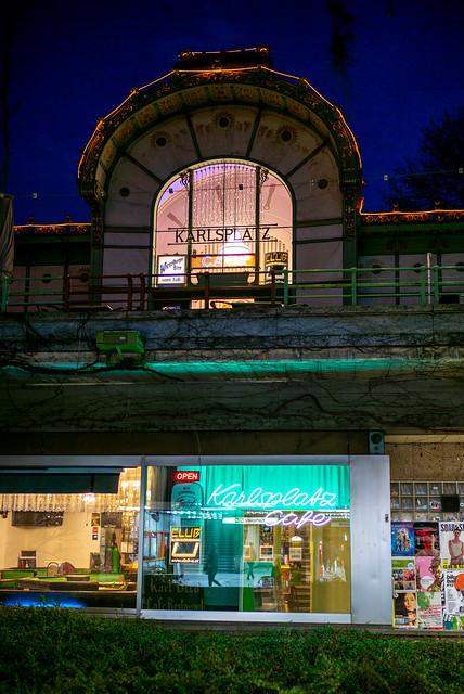Karlsplatz Cafe