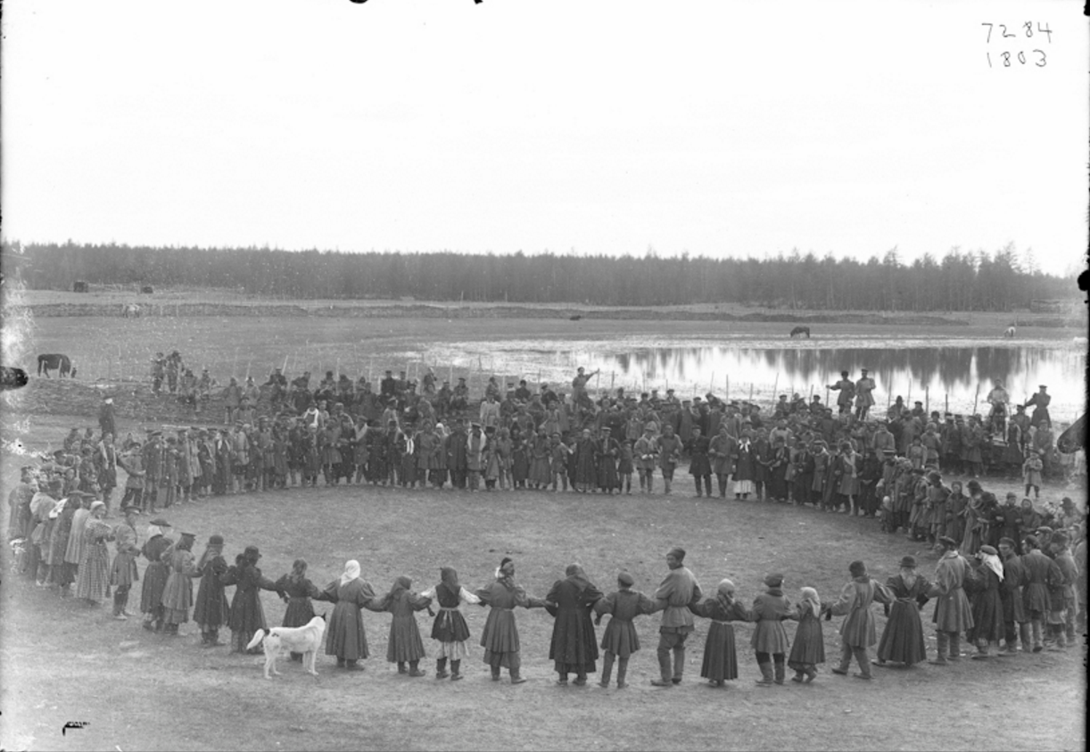 Окрестности Якутска. Праздник Ысыах в Чурапче. 1902  (1)