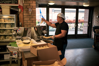 Italian done in Canda   by knipslog.de