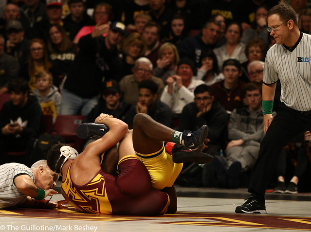 Semifinal - Brandon Krone (Minnesota) 2-1 won by decision over Jelani Embree (Michigan) 0-1 (Dec 6-2) - 190310cmk0042