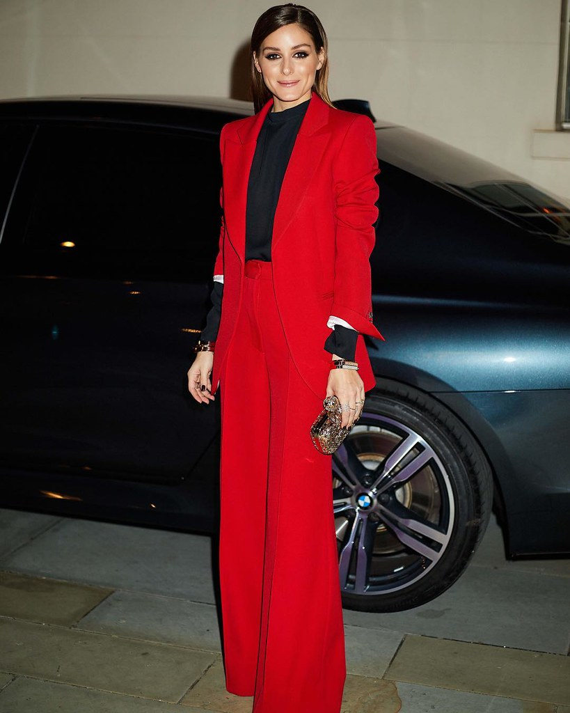 Оливия Палермо в костюме Victoria Beckham