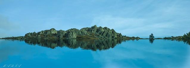 La Isla.    The island. (A distant place, where to dream)