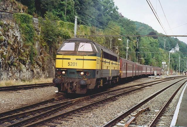 B5201-1210-01-09-2001