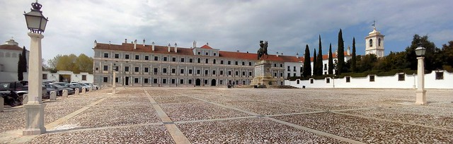 The Ducal Palace (Bragança; in Vila Veçosa) -- it's probably useful to know ahead of time that non-Portuguese language tours are only availble Tuesday through Friday (11:00 for English, 15:00 for French); entrance is 7 Euro/person for a one-hour guided to by bryandkeith on flickr