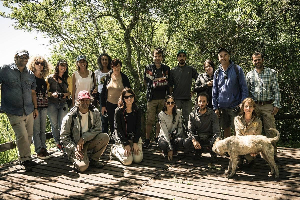 Equipo de la Campaña 4 de Territorios de Colaboracion / Pedagogias de lo Anegado en el mirador del Parque Nacional Ciervo de los Pantanos. Otamendi