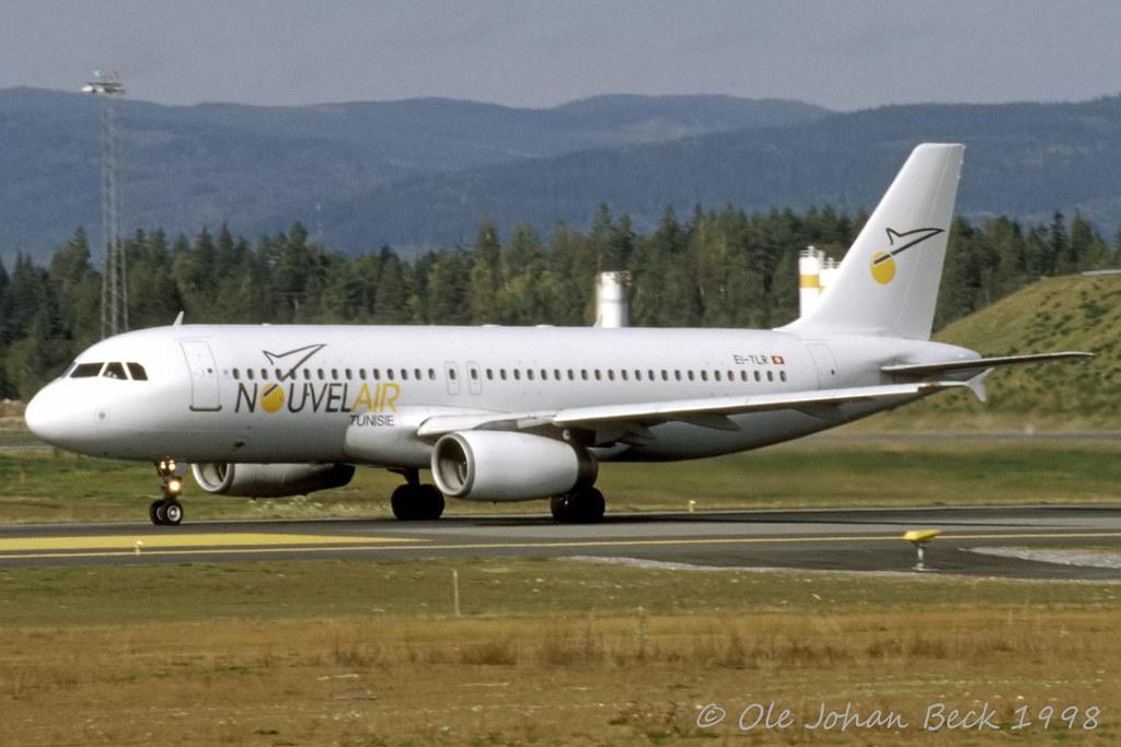 Nouvelair Tunisie A320-231 EI-TLR at ENGM/GEN 20-09-1998
