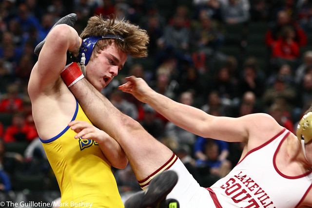 170AAA 3rd Place Match - Carl Leuer (St Michael-Albertville) 40-10 won by decision over Grant Hendren (Lakeville South) 30-3 (Dec 3-1) - 190302cmk0157